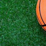 Jouer Au Basket Sur Gazon De Artificiel